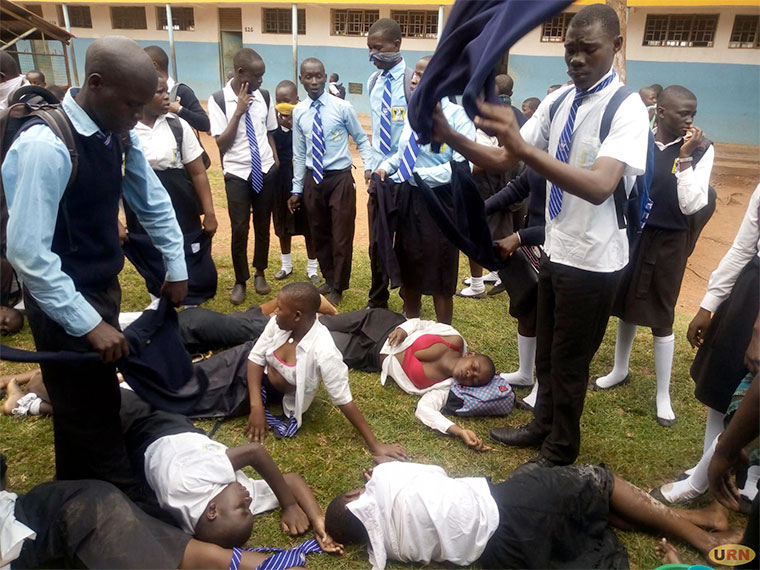 Police TearGas Mbale SS, over 50 Students Admitted